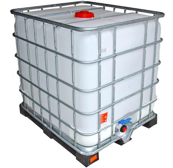 IBC Wassertank auf Kunststoffpalette gespuelt 1000 Liter