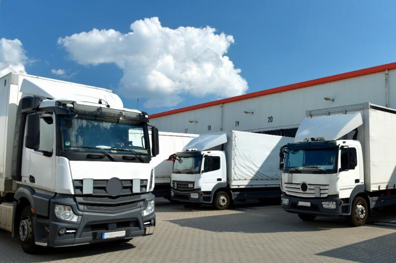 Für den Transport von Gefahrengut in IBC Containern sind einige wichtige Voraussetzungen zu erfüllen