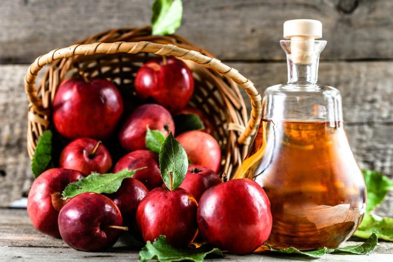Apfelessig oder Apfelwein