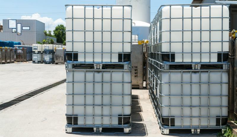 IBC Container eignen sich gut zur Lagerung brennbarer Flüssigkeiten - unter gewissen Grundbedinungen
