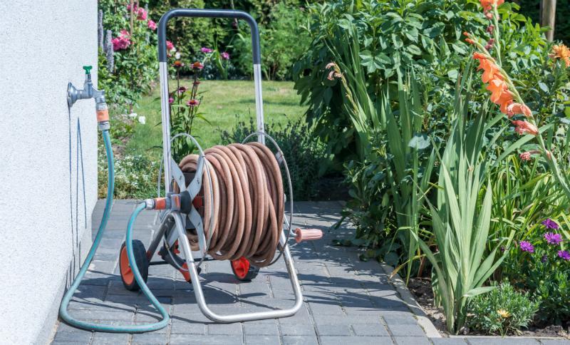 Angeschlossener Gartenschlauch