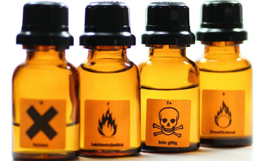 Zeichen verschiedener Gefahrstoffe