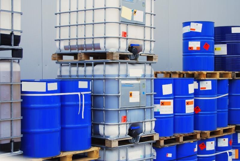 Container in denen Pflanzenschutzmittel lagern