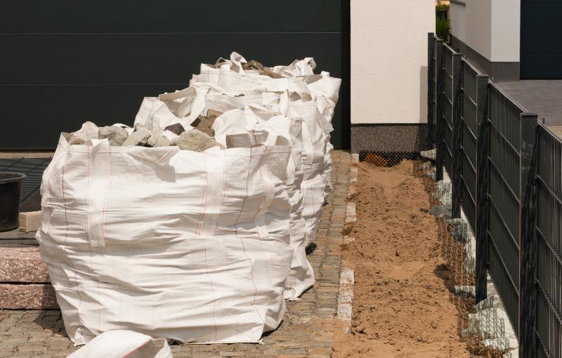 3 Bigbags gefüllt mit Steinen