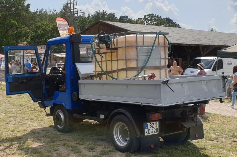IBC auf Transporter - Wasserversorgung auf der Baustelle