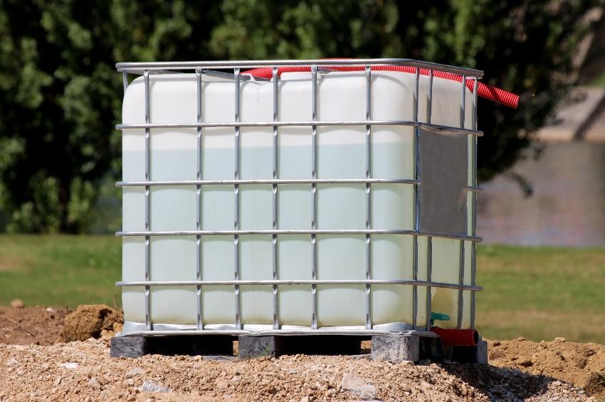 IBC Container mit Wasser gefüllt