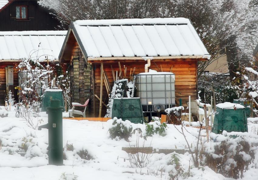 IBC-Container im Winter