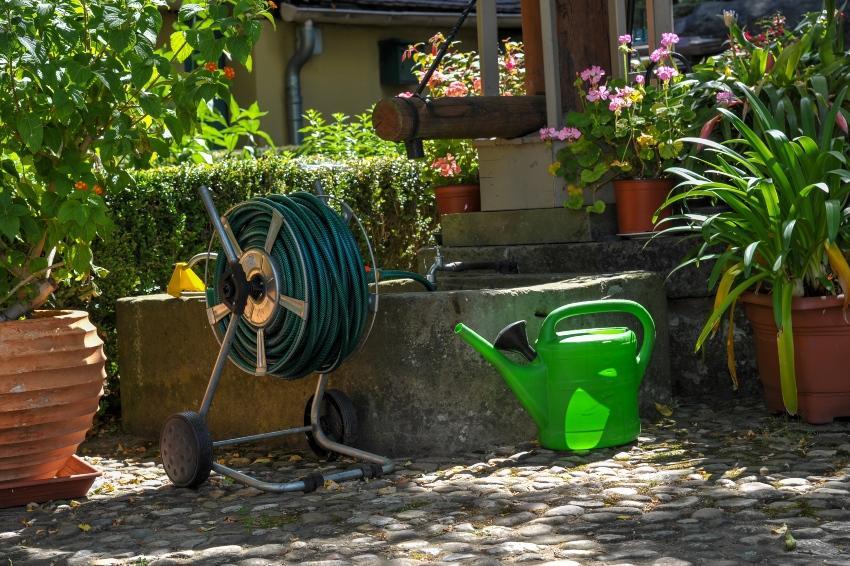 Brunnen im Garten - Gartenbrunnen anlegen braucht Expertise