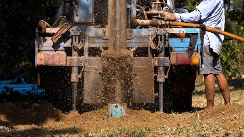 Maschinelle Tiefenbohrung - Gartenbrunnen anlegen